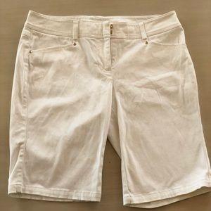 Caché shorts